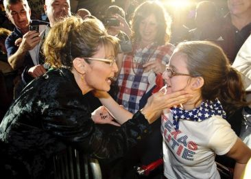 Palin at Rick Perry campaign stop