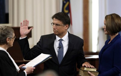Pat McCrory gets sworn in
